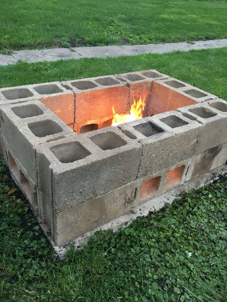 7 awesome cinder block fire pit ideas. Black Bedroom Furniture Sets. Home Design Ideas